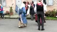 Bourree-auvergnate-danse-traditionnelle-france