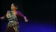 Deepti Gupta performing classical Kathak dance