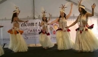Grass skirt Hula dance from Tahiti - watch the hips