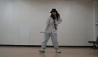 Popping dance korean girl